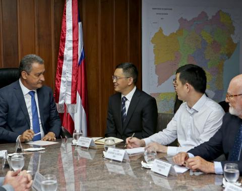 Reunião com investidores chineses para discutir a Ponte Salvador - Itaparica - Foto: Camila Souza/GOVBA
